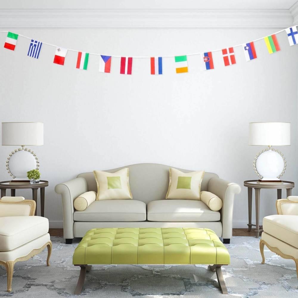Guirnalda con banderines de diferentes países