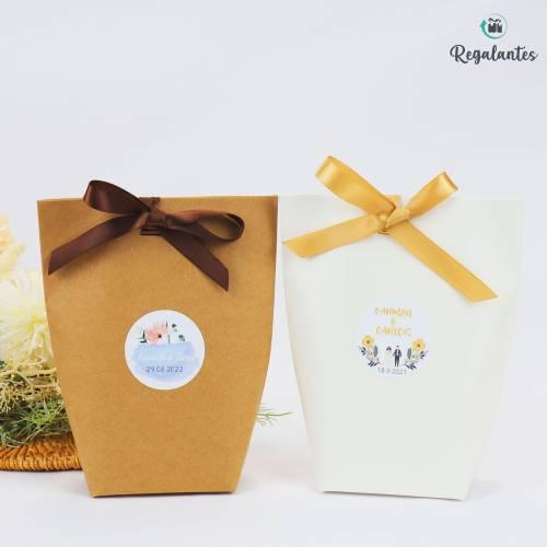 Cajas regalo papel con lazo...