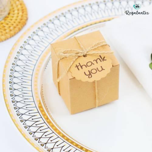 Caja regalo pequeña cuadrada de cartón Kraft para invitados - Bolsitas, Cajitas, Tarros