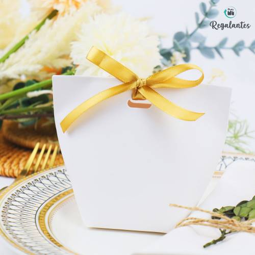 Caja regalo con lazo dorado pequeña cuadrada - Bolsitas, Cajitas, Tarros