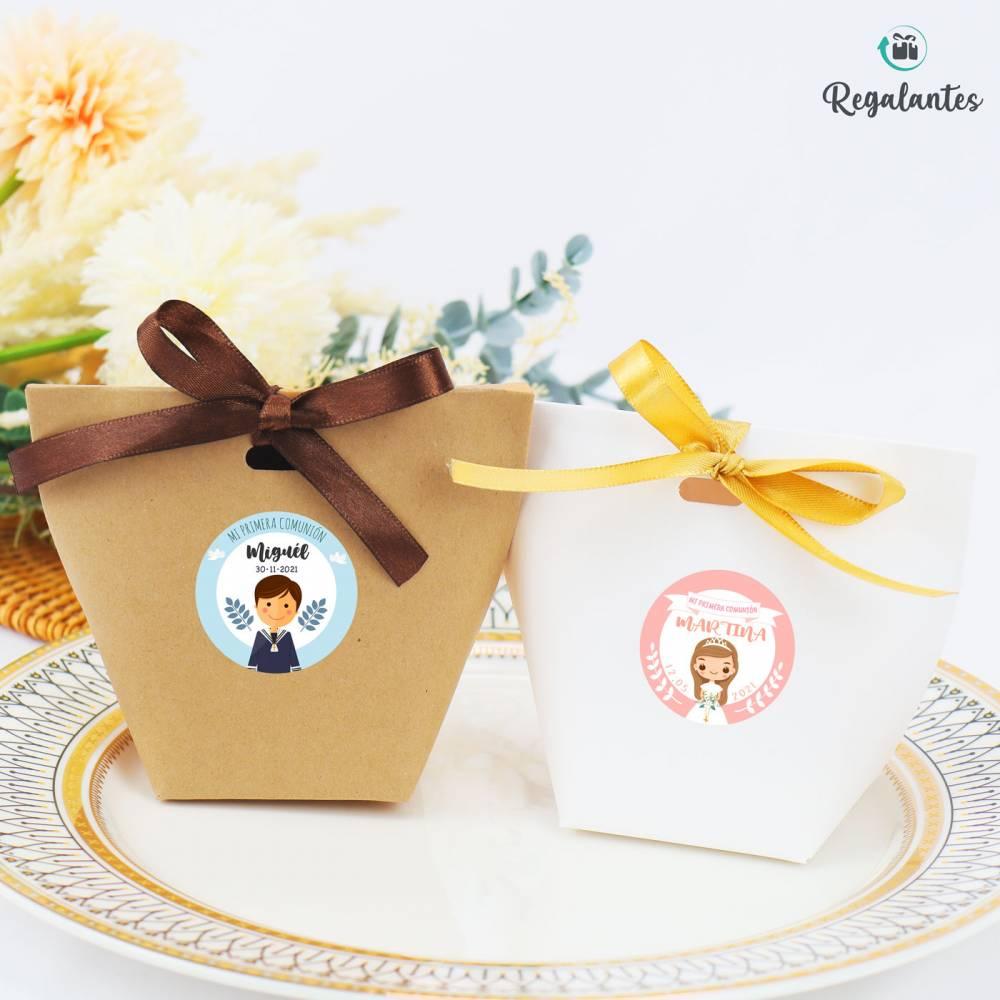 Caja regalo con lazo dorado para comunión pequeña cuadrada - Envoltorio Regalo de comunión