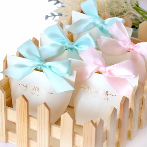 """Caja de regalo pequeña para detalles """"Gracias por venir"""" en rosa - Detalles para comunión"""