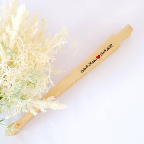 Abanicos de madera personalizados para regalar - Detalles Boda Personalizados