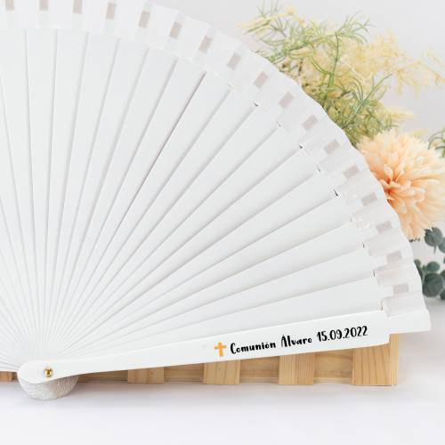 Abanico blanco de madera personalizado para comunión - Detalles para comunión