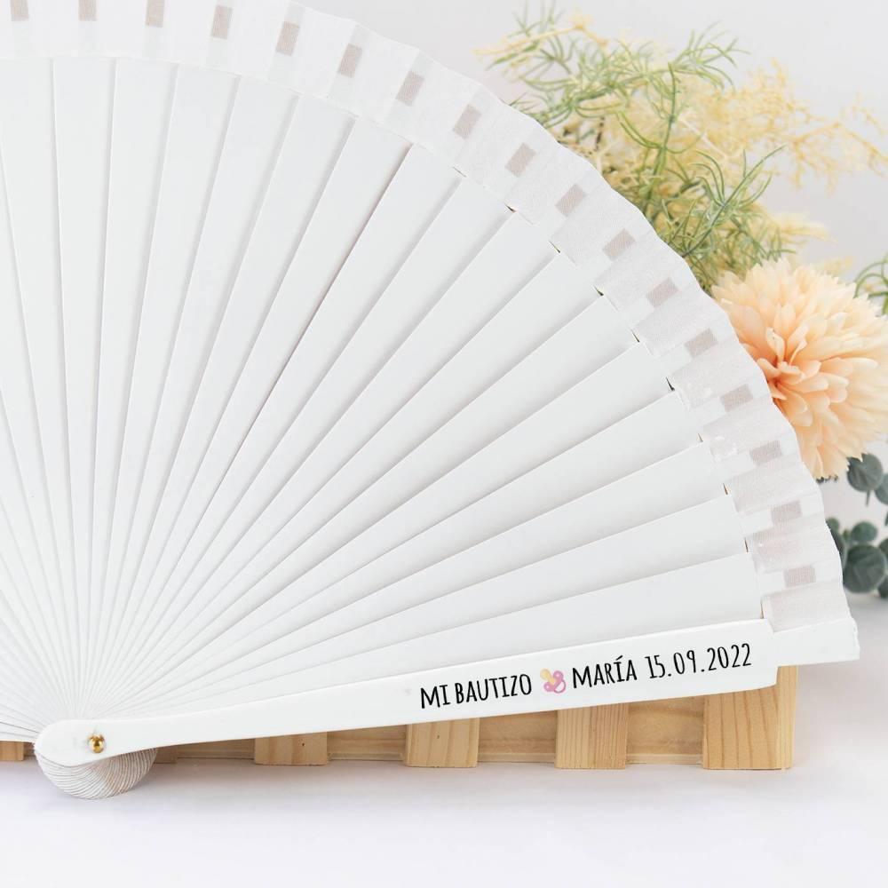 Abanico blanco de madera personalizado para bautizo - Detalles para bautizo