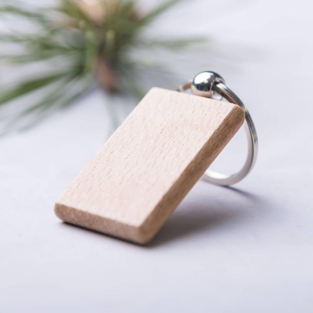 Llavero de madera para invitados - Detalles para cumpleaños