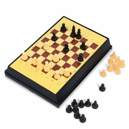 Juego de ajedrez y cuatro en línea para niños