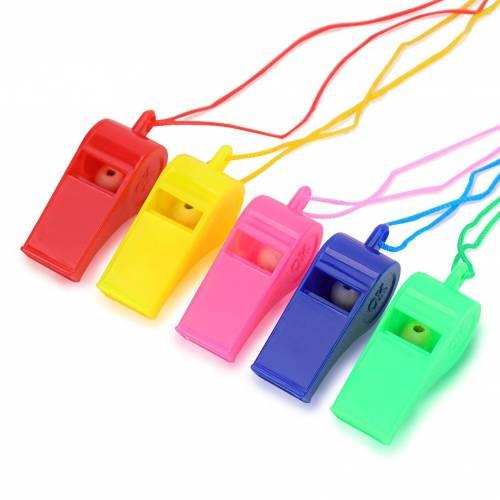 Silbatos de colores baratos de plático con cordon para niños